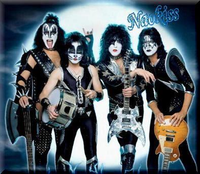 Kiss-2004%5B1%5D.jpg